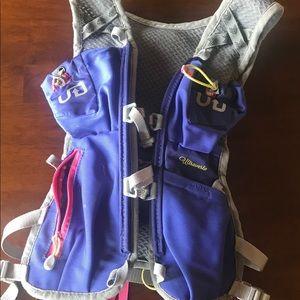 Ultimate Direction Hydration Vest